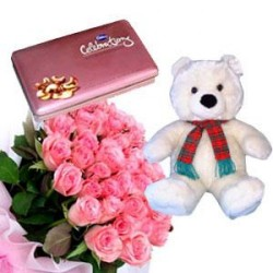 10 Pink Roses, Teddy, Chocolates