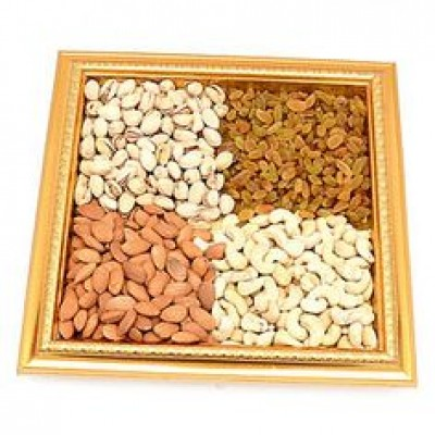 Crunchy & Cripsy Dry Fruits Tray