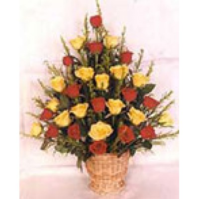 Red n Yellow Roses Basket