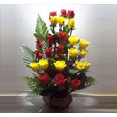 Red and Yellow Roses Basket